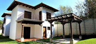 IR1 / 3 Bedroom House / Long Term Rental