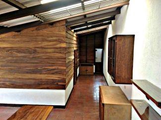 AR165/ 2 Bedroom Unfurnished Apartment / Long Term Rental