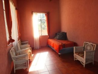 AR198 / One Bedroom Furnished / Terrace
