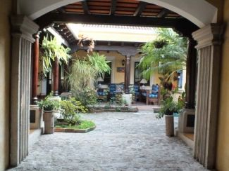 AR224 / 3 Bedroom Furnished House / Centrally Located