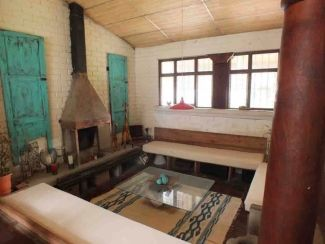 GR237/ Fully Furnished House / 2 Bedrooms / With Garden