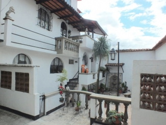 AR254 / Fully Furnished House / Three Bedrooms