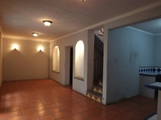 DR259 / Three Bedroom Unfurnished House
