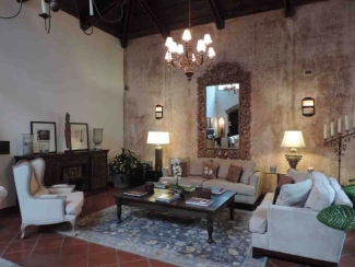 GR303 / Fully Furnished House / Three Bedrooms