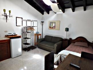 AR329 / Fully Furnished / Studio Apartment