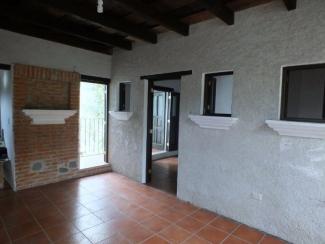 LR331 / 2 Bedrooms Apartment / Unfurnished