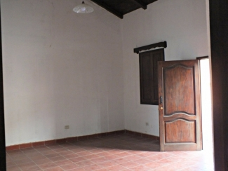 AR371 / Two Bedrooms / Unfurnished House