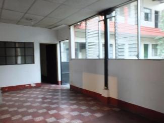 AR381/ Seven Bedrooms Unfurnished House