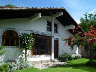 QR51 / Large Cottage with Sauna / Min. 6 Months.