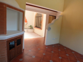 IR234 / Unfurnished House / 3 Bedrooms