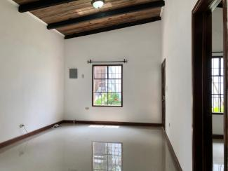 CR277 - House - 2 Bedrooms