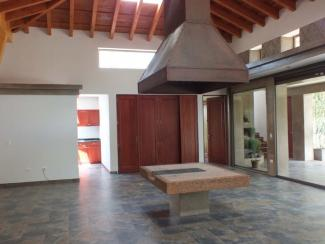 IR327 / Unfurnished House / Three Bedrooms