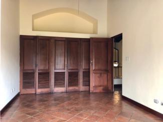 GR469 - HOUSE - 3 BEDROOMS