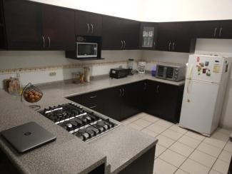 SLR728 - House - 2 Bedrooms