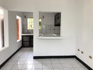 LR756 - HOUSE - 2 BEDROOMS